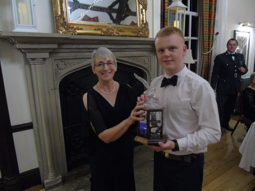Cdt Heald receiving the Alford Trophy